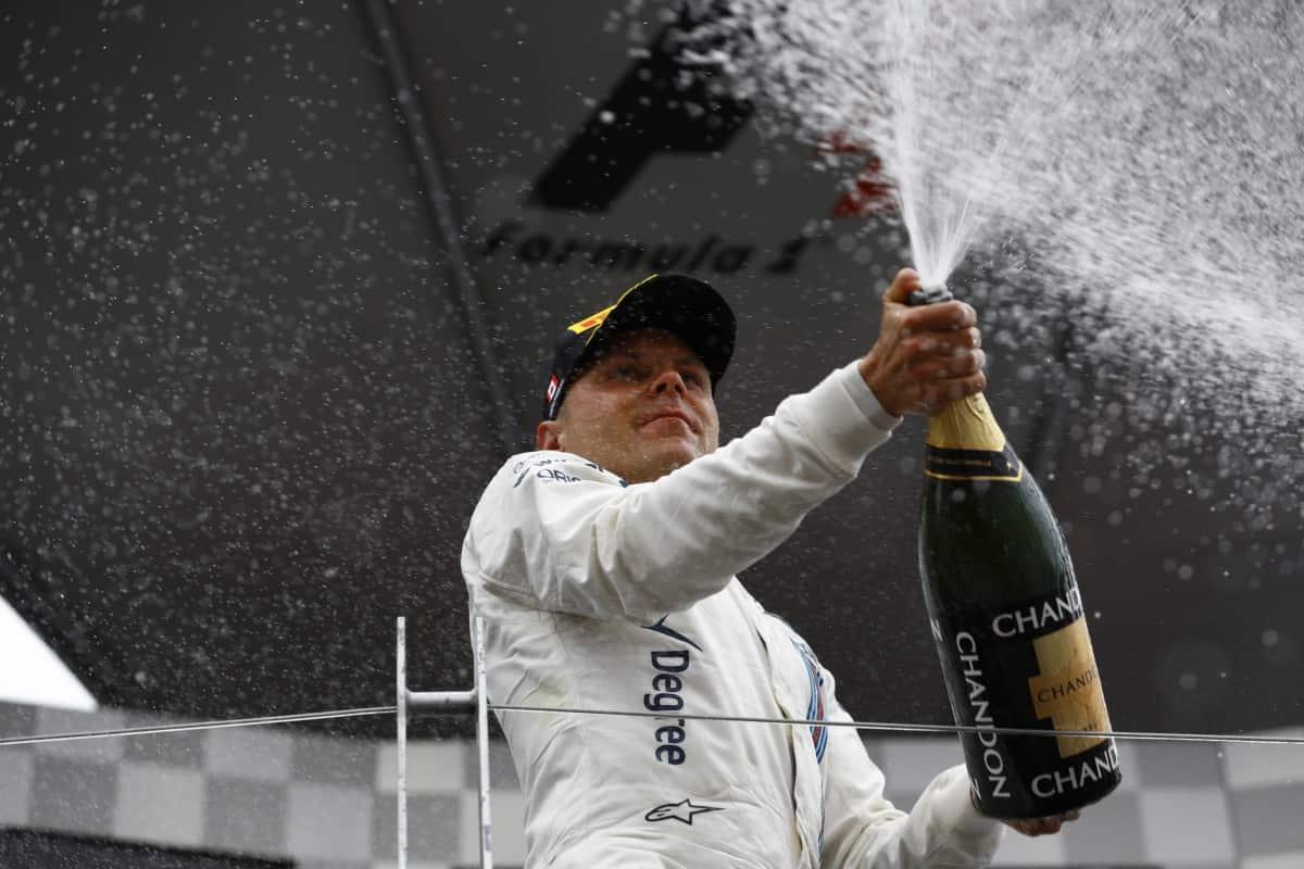 Bottas celebrou a melhor corrida da sua carreira e volta a se posicionar no mercado de pilotos (FOto WIlliams LAT)