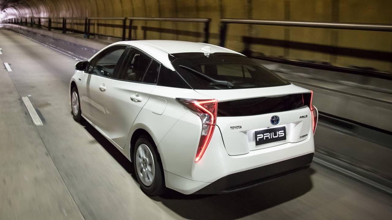 TOYOTA LANÇA O NOVO PRIUS NO BRASIL Toyota Prius Autoentusiastas 101