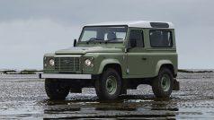 2015-Land-Rover-Defender-Heritage