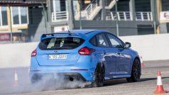 2016-ford-focus-rs-drift-mode-09-1