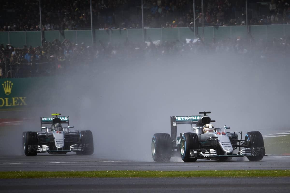 Mercedes foram novamente os mais rápidos, mas Red Bull está cada vez mais próxima dos Flechas de Prata (Foto Mercedes)