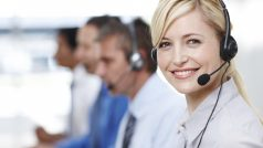 call-center-woman-smiling
