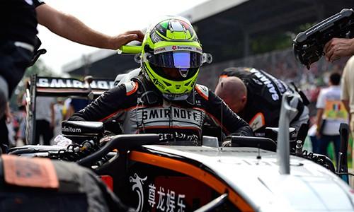 Sérgio Pérez parece querer sair, Force India que ele fica (Foto Sahara FOrce India)