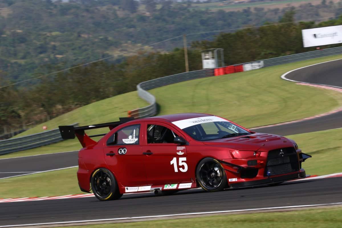 O Mitsubishi Lancer Evolution 10 utilizado na Lancer Cup (Foto Endurance Brasil)