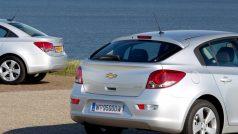 chevrolet-cruze_hatchback-2012-1280-6f