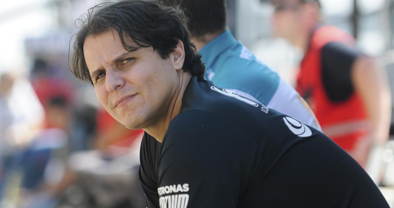 Brito pode substituir Girolami na equipe de Carlos Alves em 2017 (Foto Duda Bairros) mudança de equipe O MUNDO GIRA E MUITA GENTE RODA 20161018 Coluna Valdeno DBairros