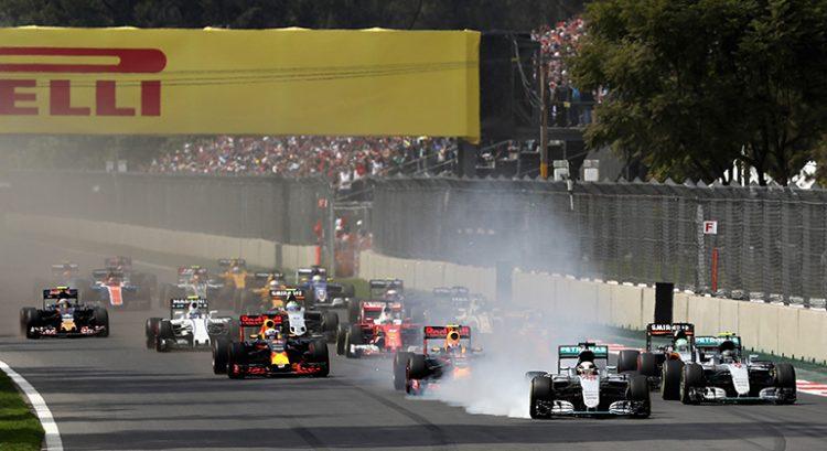 Largada do GP do México foi marcada por freada arrojada do vencedor Lewis Hamilton (Foto Red Bull)