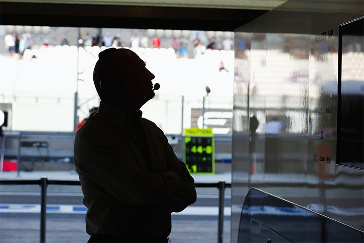 Eminência nada parda na McLaren e na F1, pode perder controle da equipe no final do ano (Foto McLaren Media Centre)