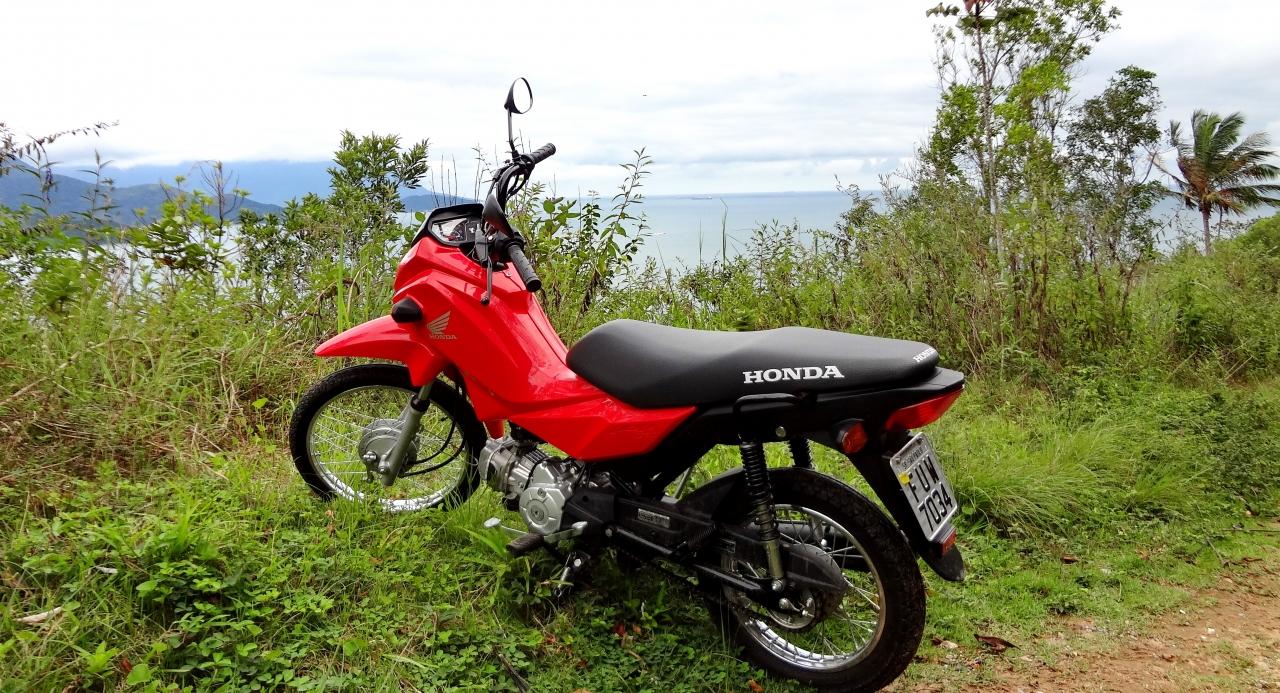 Ainda prefiro as motos às scooters, por mais modesta que seja a moto  DUPLA DINÂMICA: FIAT STRADA HARD WORKING E HONDA POP 110i DSC06615