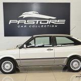 ...o GTi com pneus de perfil mais baixo 185/60R14 (Pastore Car Collection)...