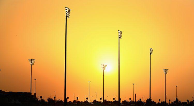 Disputa entre os pilotos marcou a temporada encerrada domingo em Abu Dhabi (Foto Red Bull/Getty Images) rosberg NICO, ENFIM CAMPEÃO 20161129 Coluna Paisagem Lusco Fusco RedBull