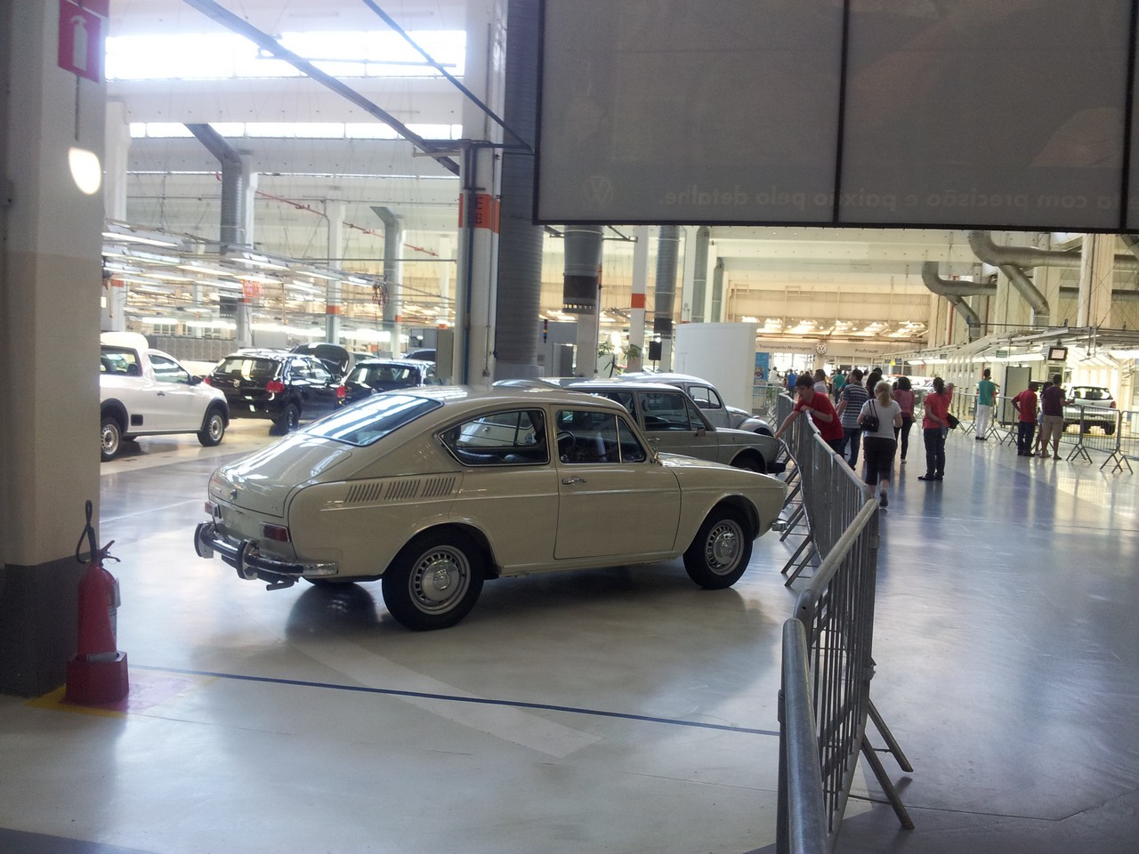 Um vistoso VW 1600 TL