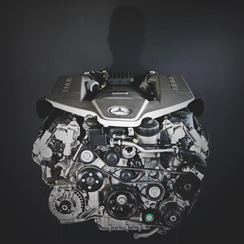 O Famoso motor AMG M156, de 6,2 litros e aspirado