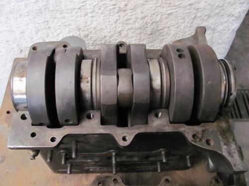 Fig 23 Virabrequim instalado no bloco do motor