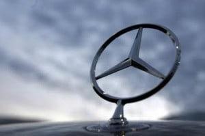 Foto Legenda 03 coluna 3014 - Mercedes-Benz-Estrela