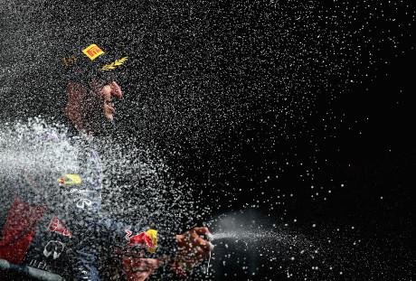 Ricciardo celebra terceira vitoria na temporada e pode estragar festa da Mercedes (Foto Getty Images)