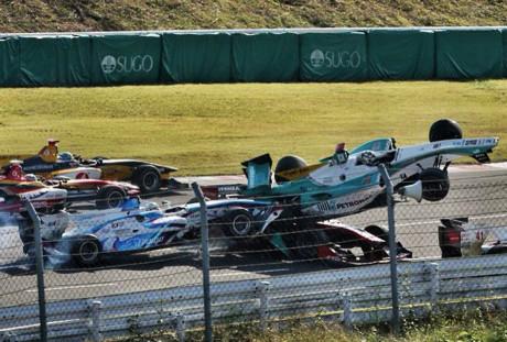João Paulo de Oliveira foi atingido por dois carros em prova de Super Fórmula no Japão (Foto arquivo pessoal)