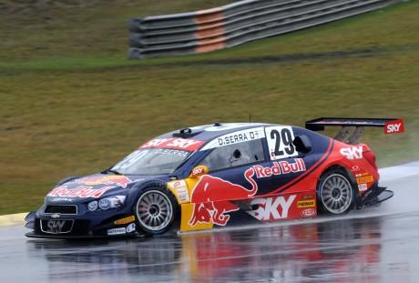Serrinha aproveitou muito bem a pole position para vencer a primeira corrida (Foto Fernanda Freixosa)