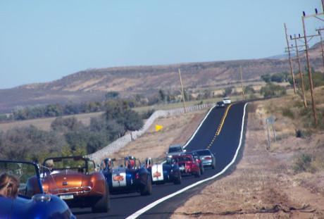 Como uma veículo lento gera trânsito atrás dele (queimadoresdegasolina.blogspot.com)