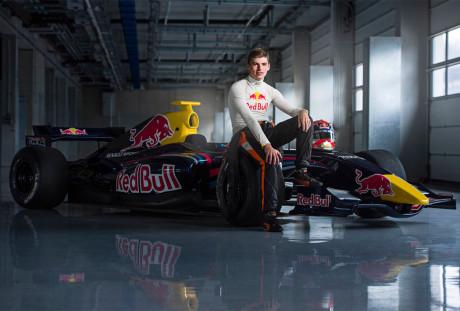 Max Verstappen, aos 17 anos, estréia na F-1 esta noite (Foto Getty Images)
