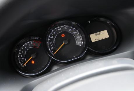 Renault Sandero Autentique 06
