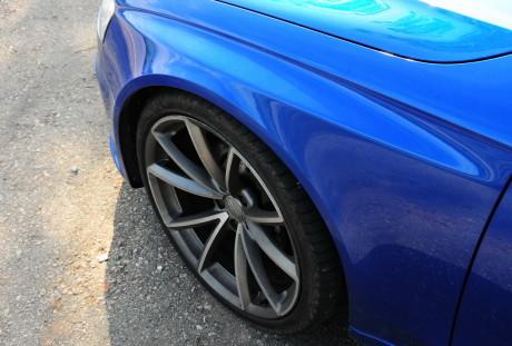 Audi RS 4 Avant 09 AUTOentusiastas