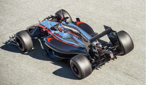Alonso: acidente na Espanha ainda longe de ser esclarecido (Foto McLaren)