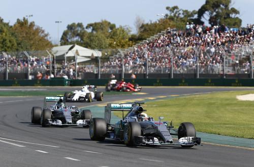 Hamilton largou na pole position, venceu e fez a melhor volta (Foto Mercedes Benz)