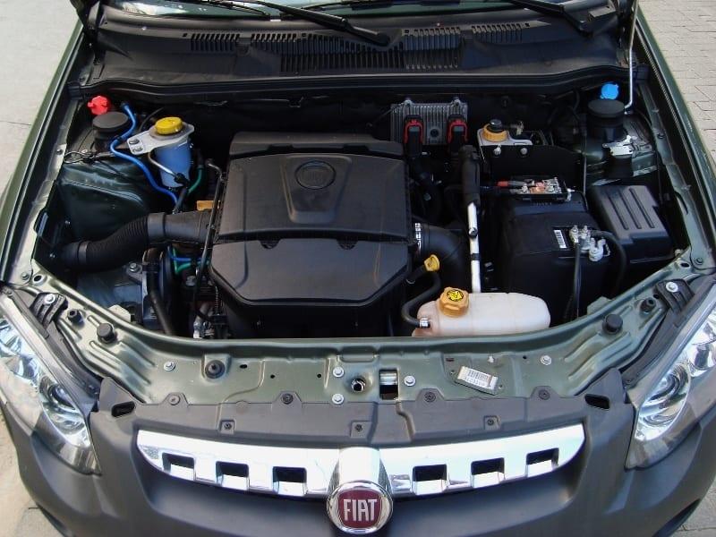 O motor é parrudo. Dá e sobra.