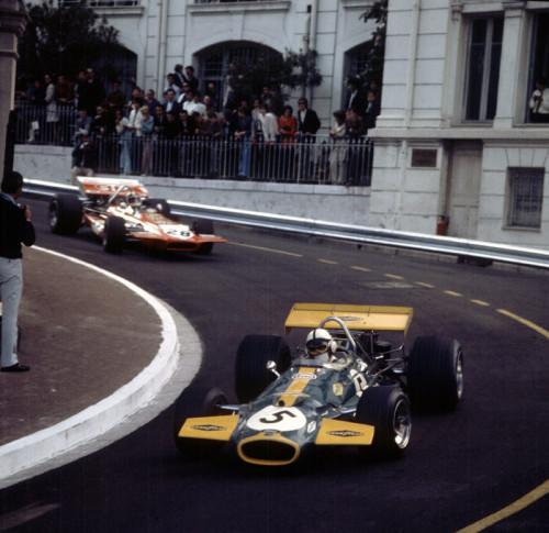 Jack Brabham liderou a maior parte da corrida de 1970. Perdeu na última curva para Jochen Rindt  (foto Grand Prix Legends)
