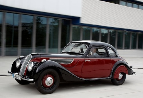 BMW-327_Coupe_1937_800x600_wallpaper_01