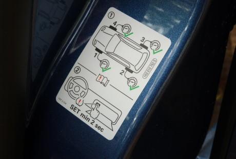 Indicacão do registro para o controle de pressnao dos pneus é útil, mas houve um mau funcionamento