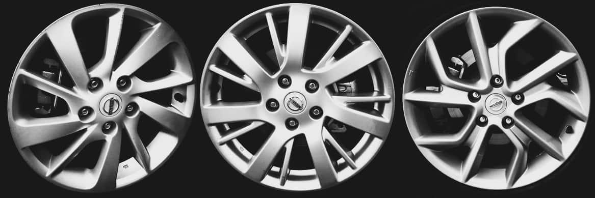 """Todas as versões com rodas de liga. Da esquerda para a direita, S e SV de 16"""", SL de 17"""" e Unique, também de 17"""""""