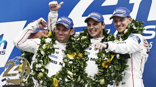 Os vencedores de Le Mans 2015: Nick Tandy (E), Earl Bamber e Nico Hulkenberg (foto Porsche)