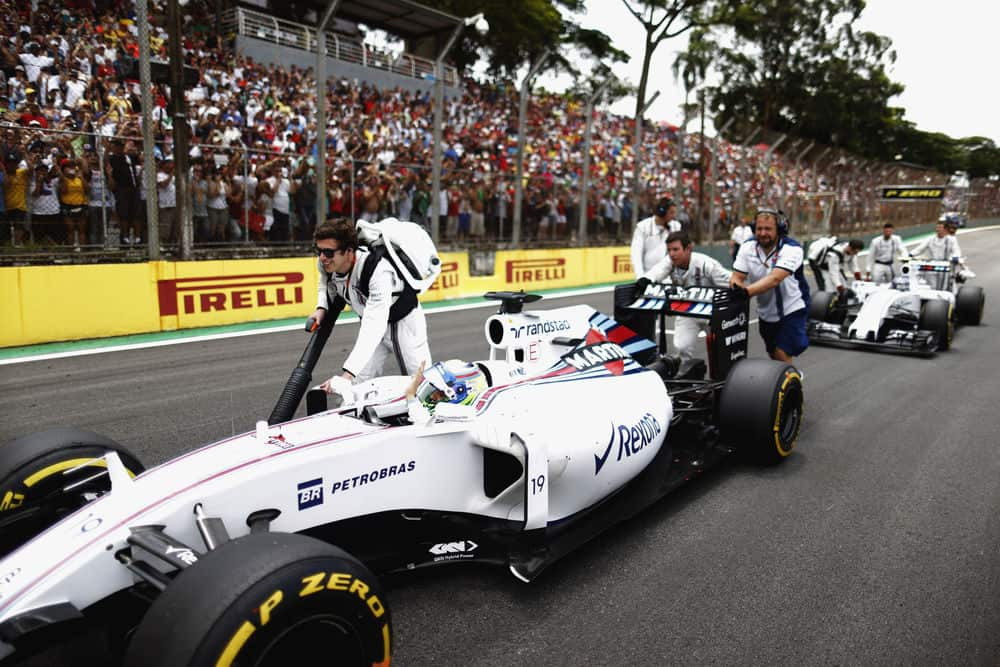 Interlagos, Sao Paulo, Brazil. Sunday 15 November 2015. Felipe Massa, Williams FW37 Mercedes, arrives on the grid. Photo: Glenn Dunbar/Williams ref: Digital Image W89P5713