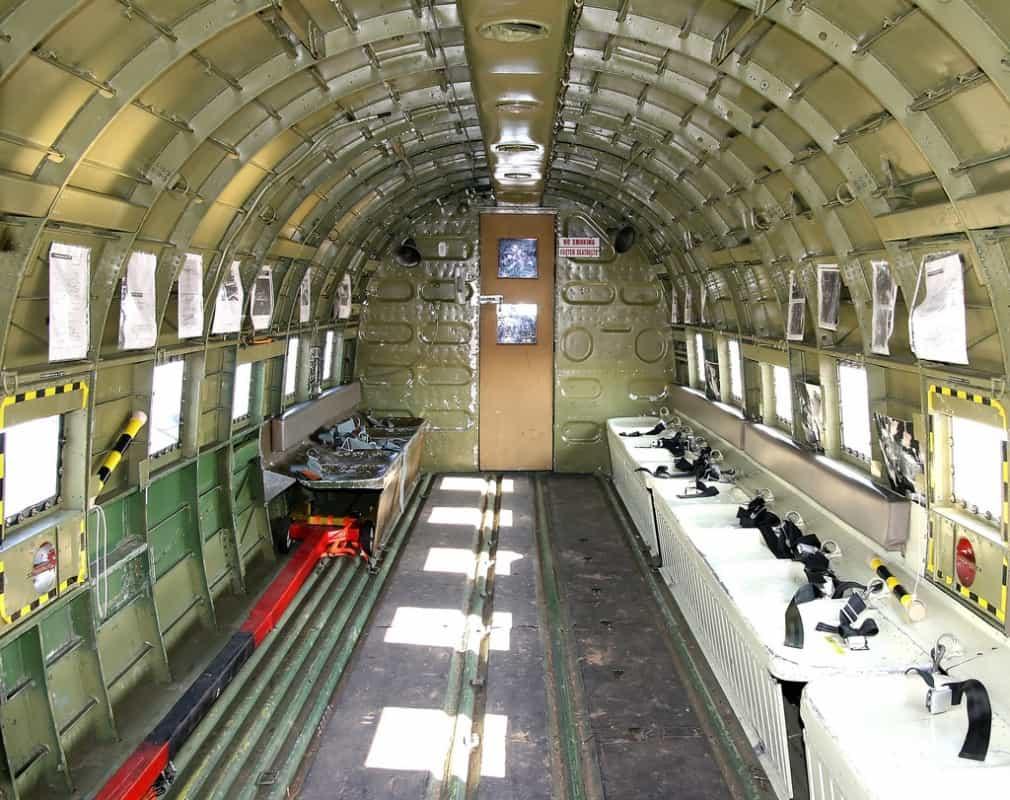 C-47 POR DENTRO