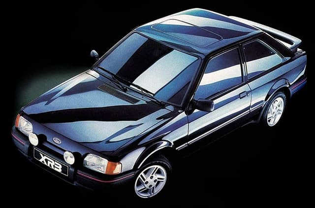 Ford-Escort-XR3 (1)