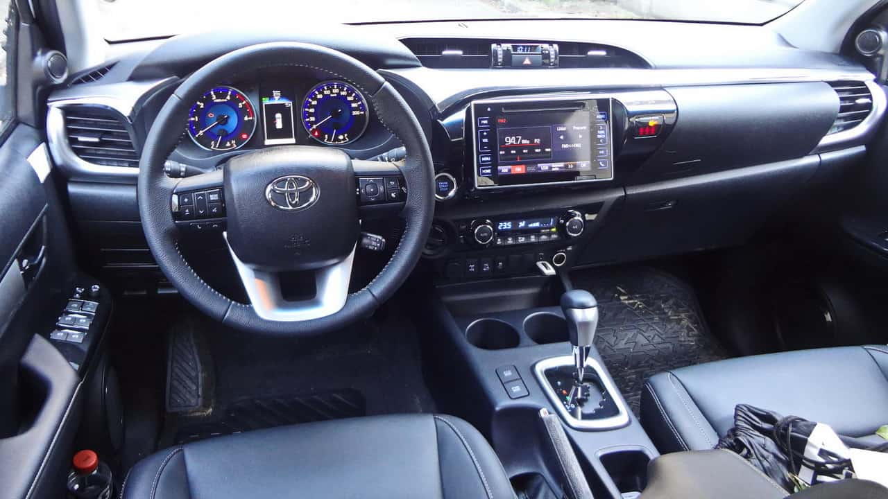 Toyota Hilux 67