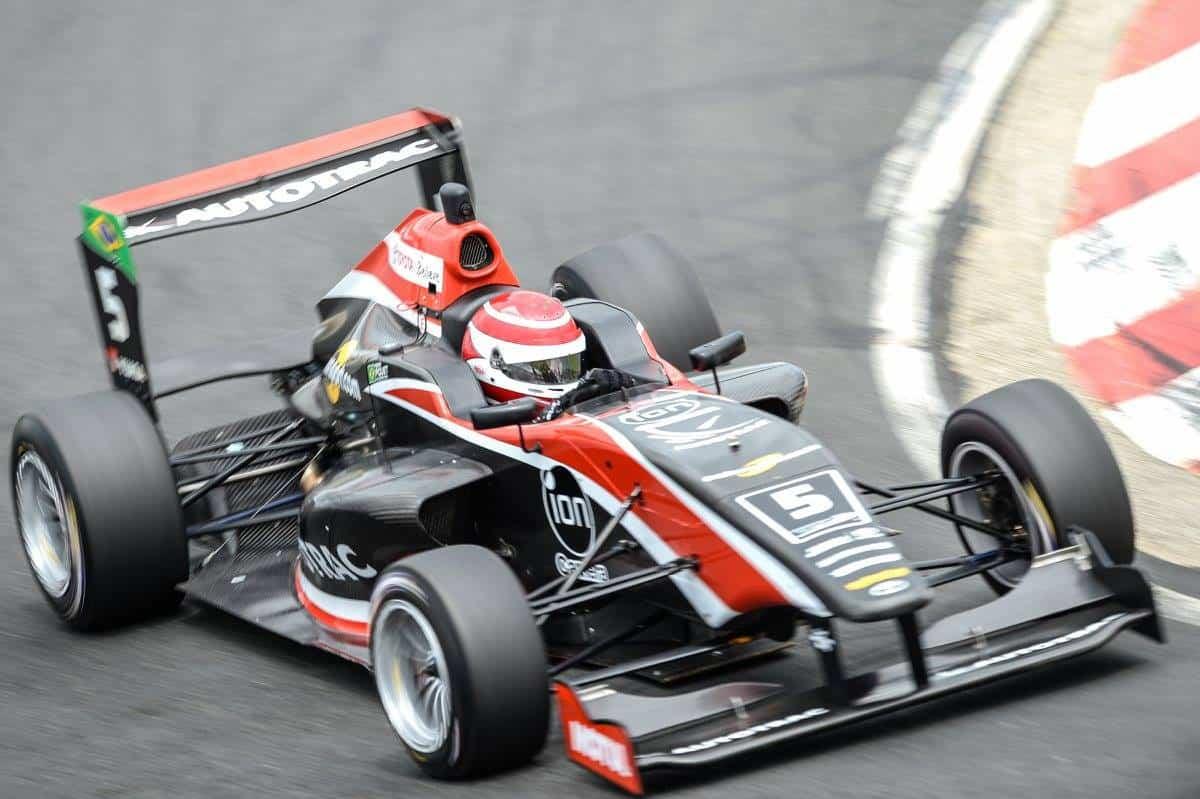 Pedro Piquet é vice-líder na Nova Zelândia (Foto Toyota Racing Series)