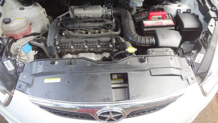 Motor 2-litros que precisa de giro alto para mostrar potência