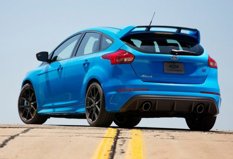 Ford-Focus_RS_2016_1280x960_wallpaper_58