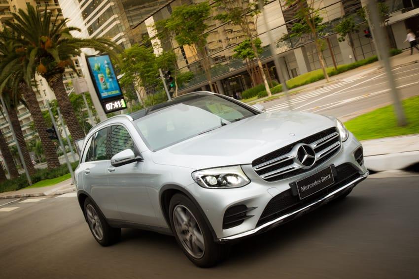 Foto Legenda 05 coluna 0716 -Mercedes GLC