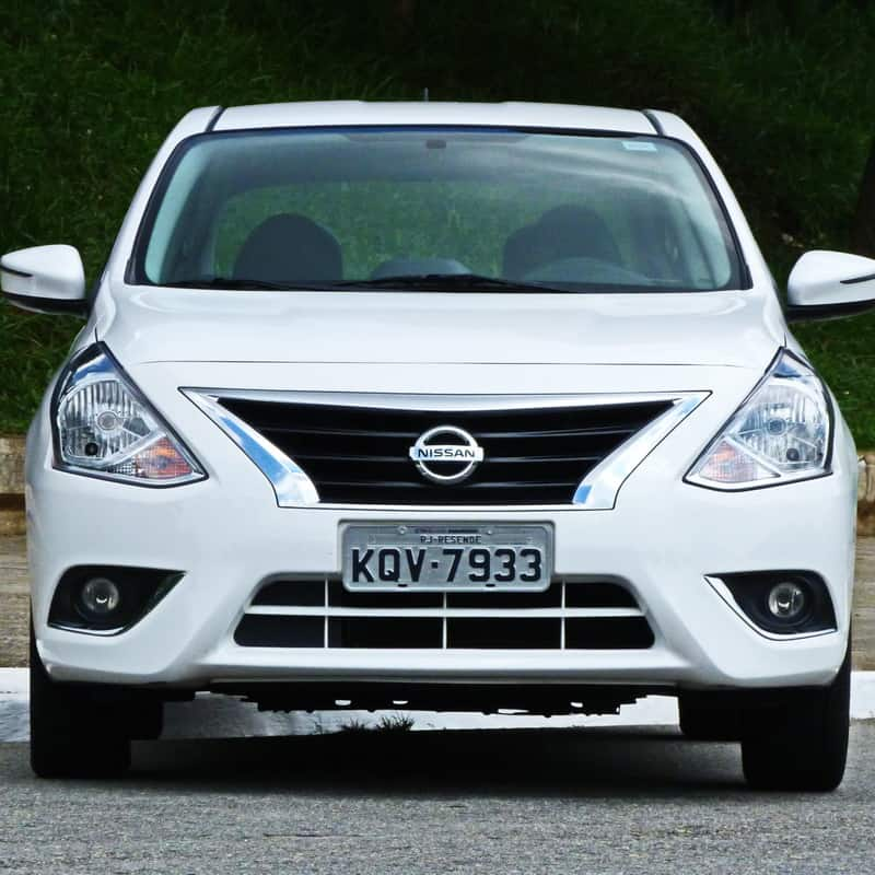 Nissan Versa 03
