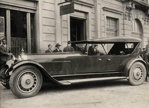 1927_Bugatti_Type-41_La_Royale_Prototype_body_by_Packard_01