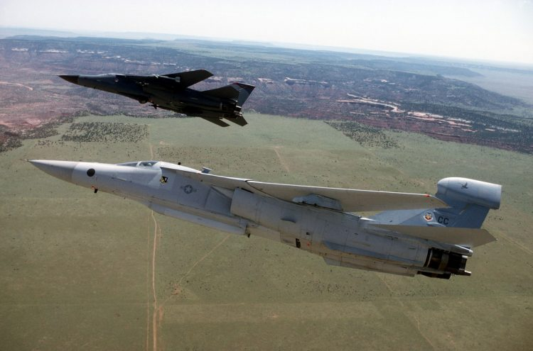 EF-111A_and_F-111F_in_flight
