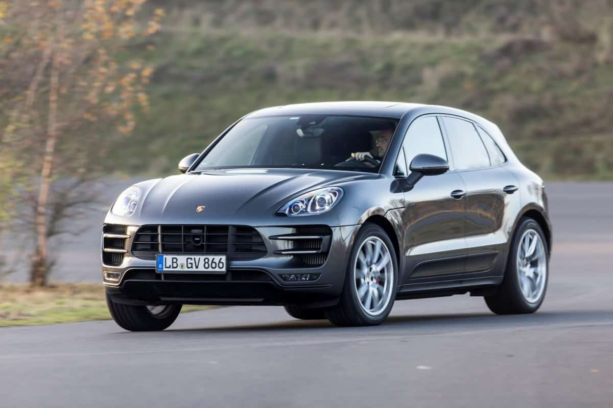 macan1 red