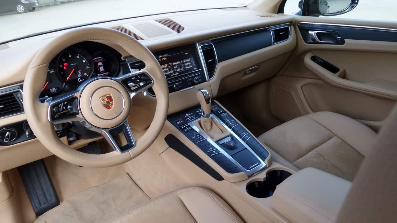 Porsche Macan 03