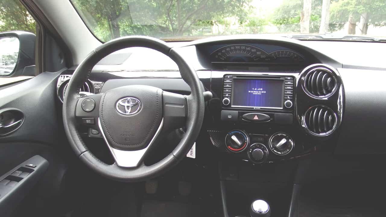 Toyota Etios 08 C
