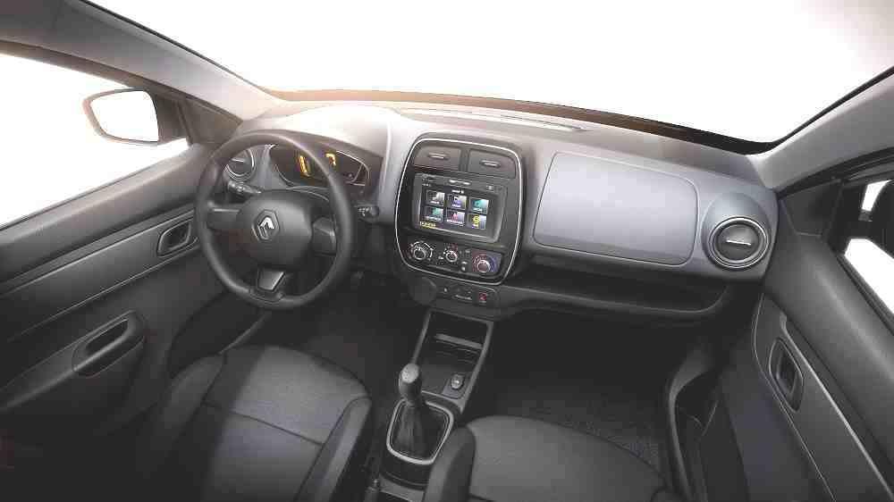 Renault-Kwid-Interior inv