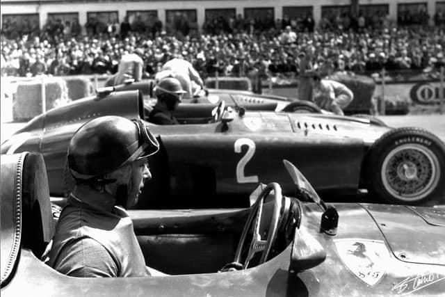 O nervosismo atrapalha o raciocínio lógico (www.octetort.com Largada para o GP da Alemanha em 1956)